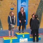 Marie soubrier sur le Podium des inter regions jeunes B de difficulté 2013